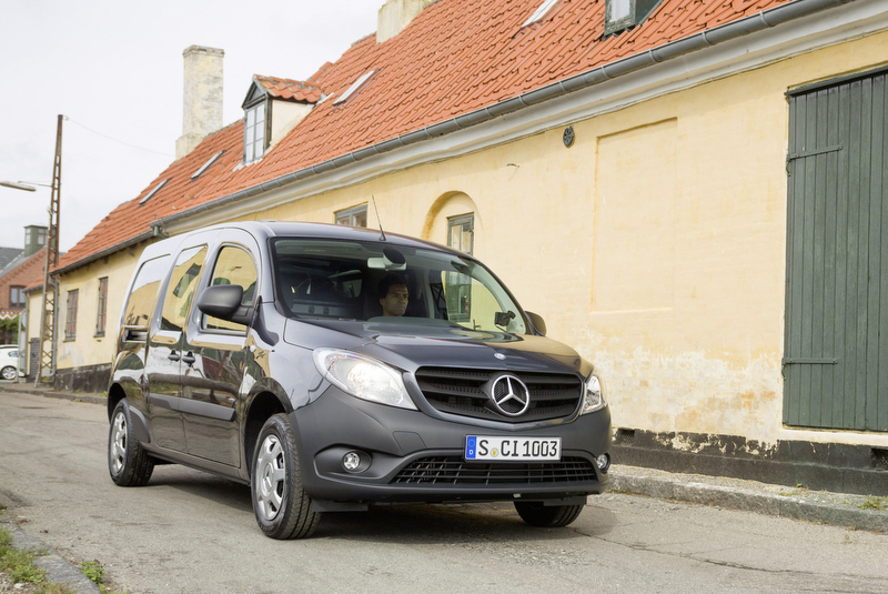 mercedes citan kommt im september mit blech wirds. Black Bedroom Furniture Sets. Home Design Ideas