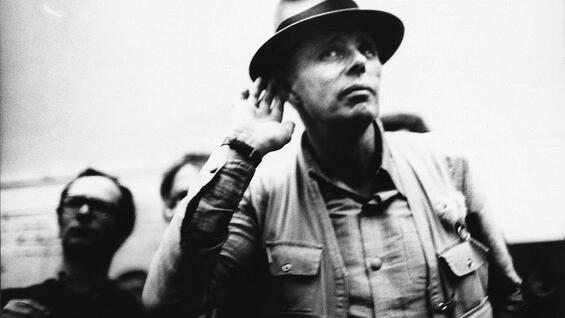 Joseph Beuys in Filmdokumenten.