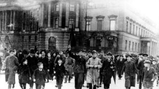 Demonstration während der Revolution 1918/1919 in Berlin.