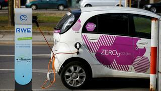 A C-Zero electric drive car of Citroen's multicity car-sharing company is pictured at a fuel station of German power supplier RWE in Berlin, March 14, 2016. REUTERS/Wolfgang Rattay - RTX2AT4F