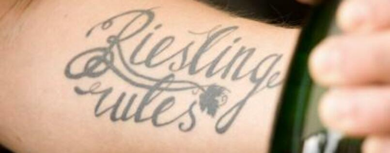 "Tattoo ""Riesling rules""."
