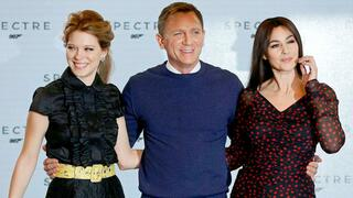 "Lea Seydoux, Daniel Craig and Monica Bellucci bei der Vorstellung des neuen James Bond Films ""Spectre"" in den Pinewood Studios in London."