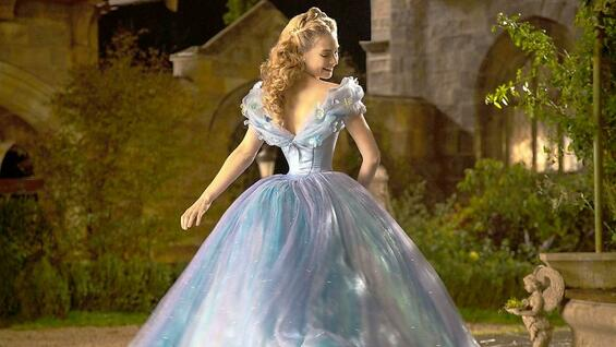 Cinderella mit Lily James in der Titelrolle.