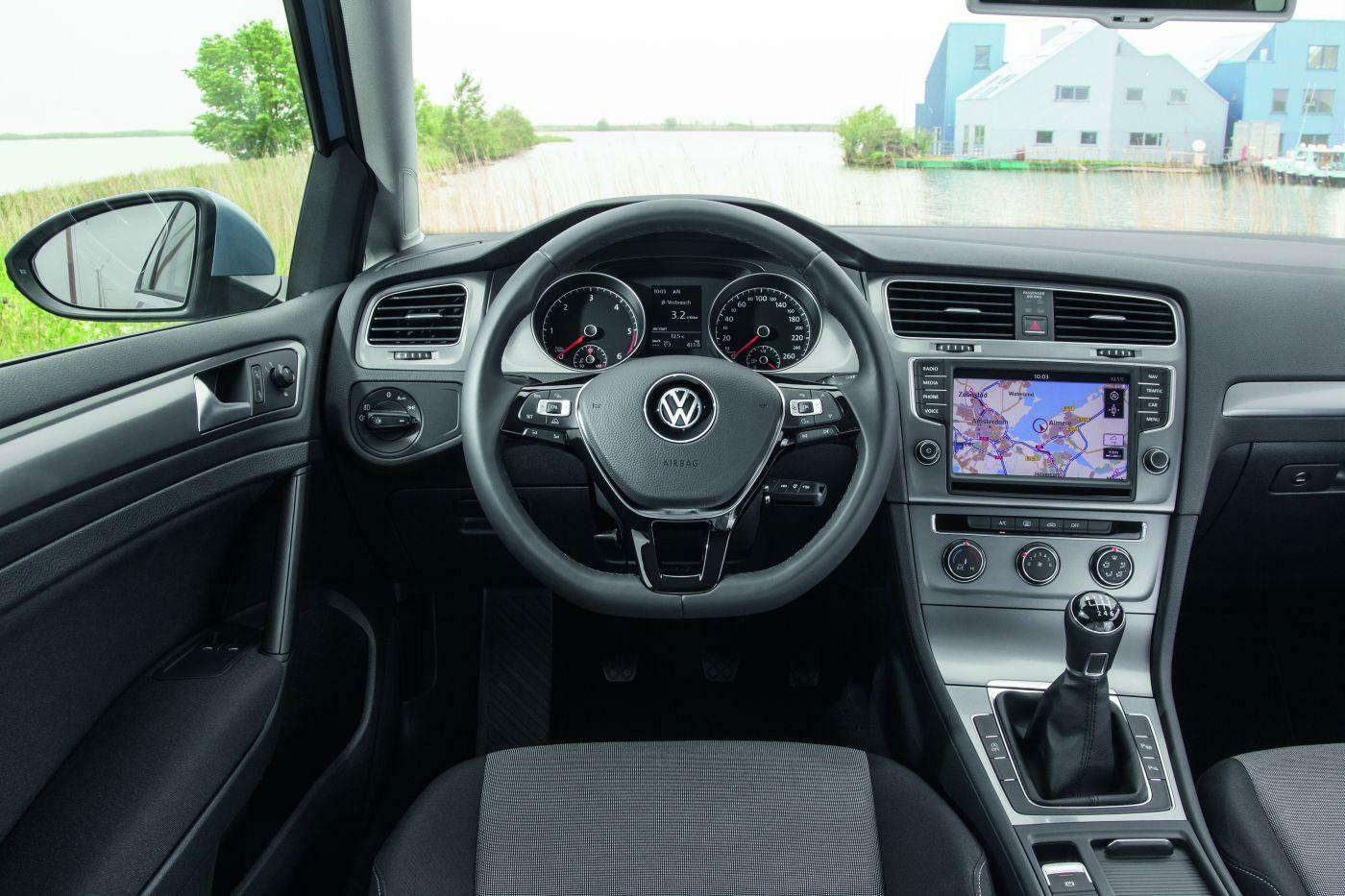 praxistest vw golf 1 2 tsi bmt im fahrbericht reichen 85 ps im golf. Black Bedroom Furniture Sets. Home Design Ideas