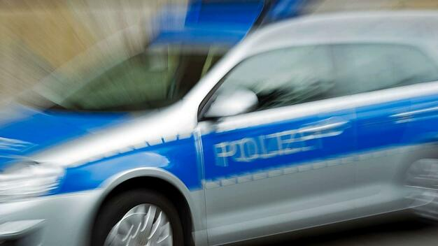 Angriffe auf zwei Taxifahrer