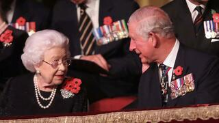 Queen Elizabeth II und Prince Charles in der Royal Albert Hall