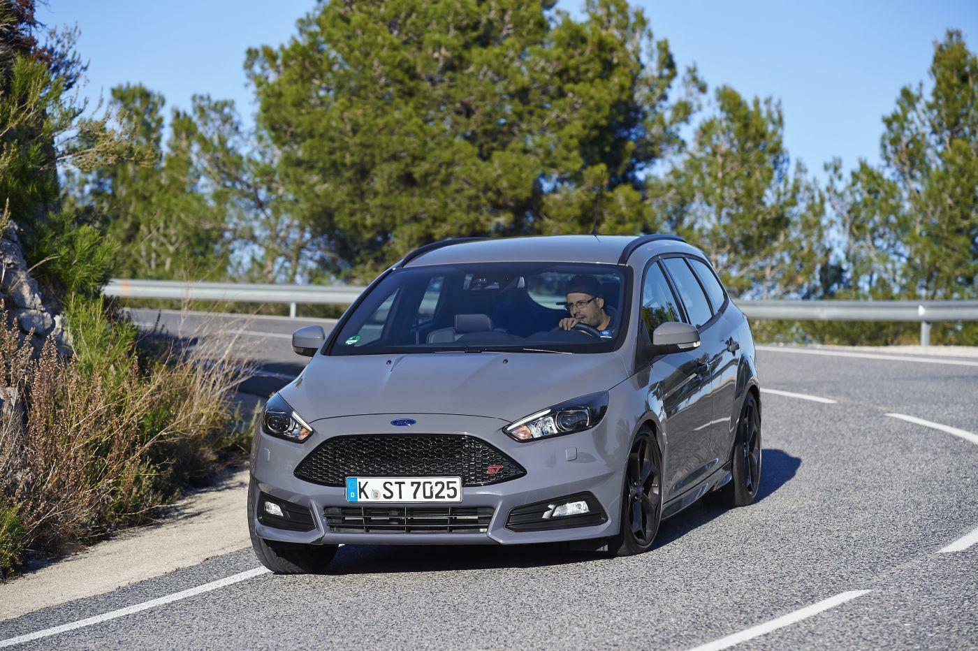 Fahrbericht ford focus st 2 0 tdci for Garage ford auch