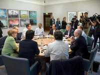 Angela Merkel, Barack Obama and Friends beim Mittagessen.