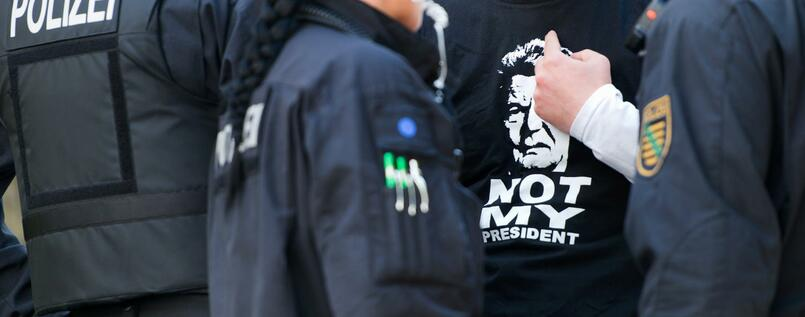 """Not my President"" - Protest gegen Gauck in Sebnitz"