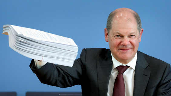 "He called it a ""bazooka:"" Finance Minister Olaf Scholz presenting the supplementary budget for the German economy."