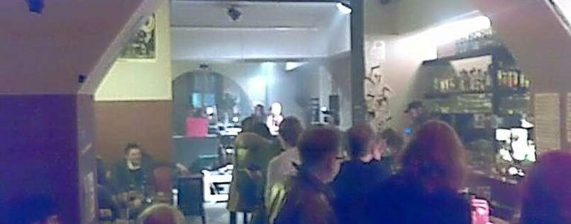 "Smoky inside view: The ""Rumbalotte continua"" in Prenzlauer Berg."