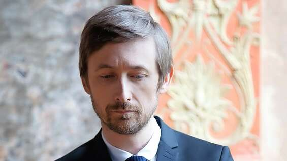 Neil Hannon is currently touring Europe with his 11th album.