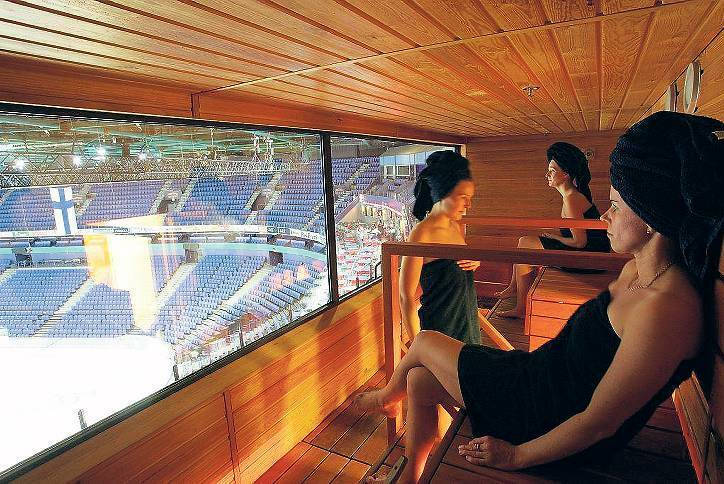 sauna in finnland die stadion sauna magazin welt tagesspiegel. Black Bedroom Furniture Sets. Home Design Ideas