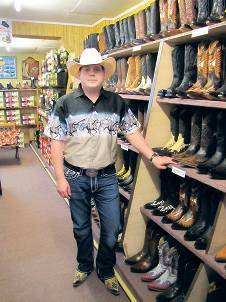 aber oho: Roy Dunns Western Store