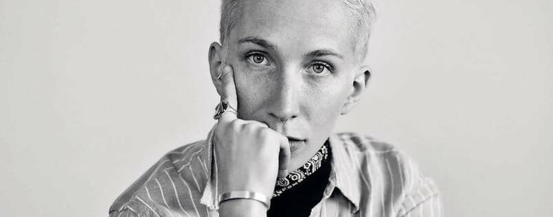 Autor und Aktivist. iO Tillett Wright aus New York.