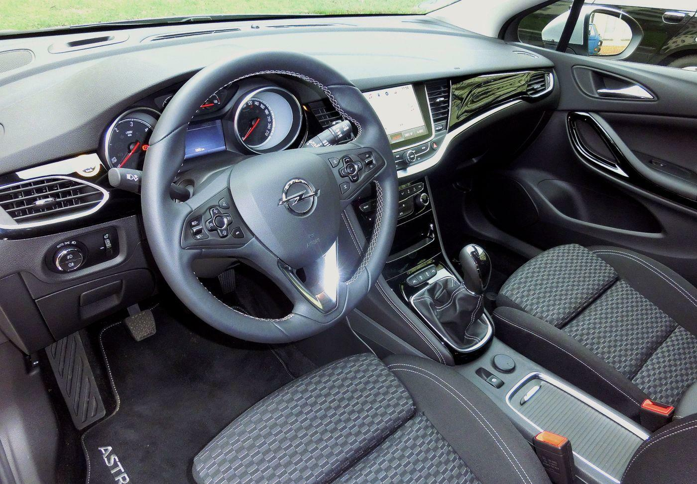 www opel astra de opel astra sports tourer 1 6 cdti test. Black Bedroom Furniture Sets. Home Design Ideas