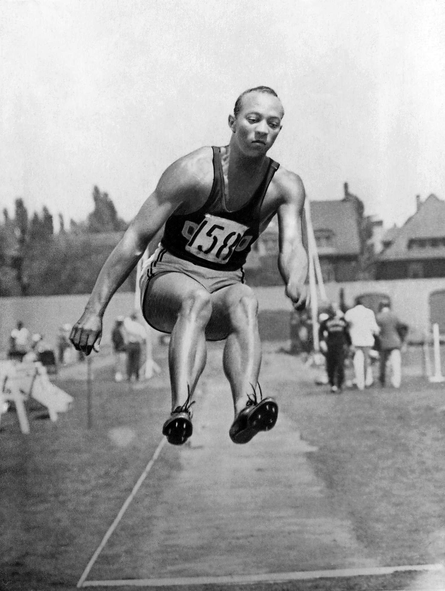 jesse owens essay Read this essay on jesse owens come browse our large digital warehouse of free sample essays get the knowledge you need in order to.