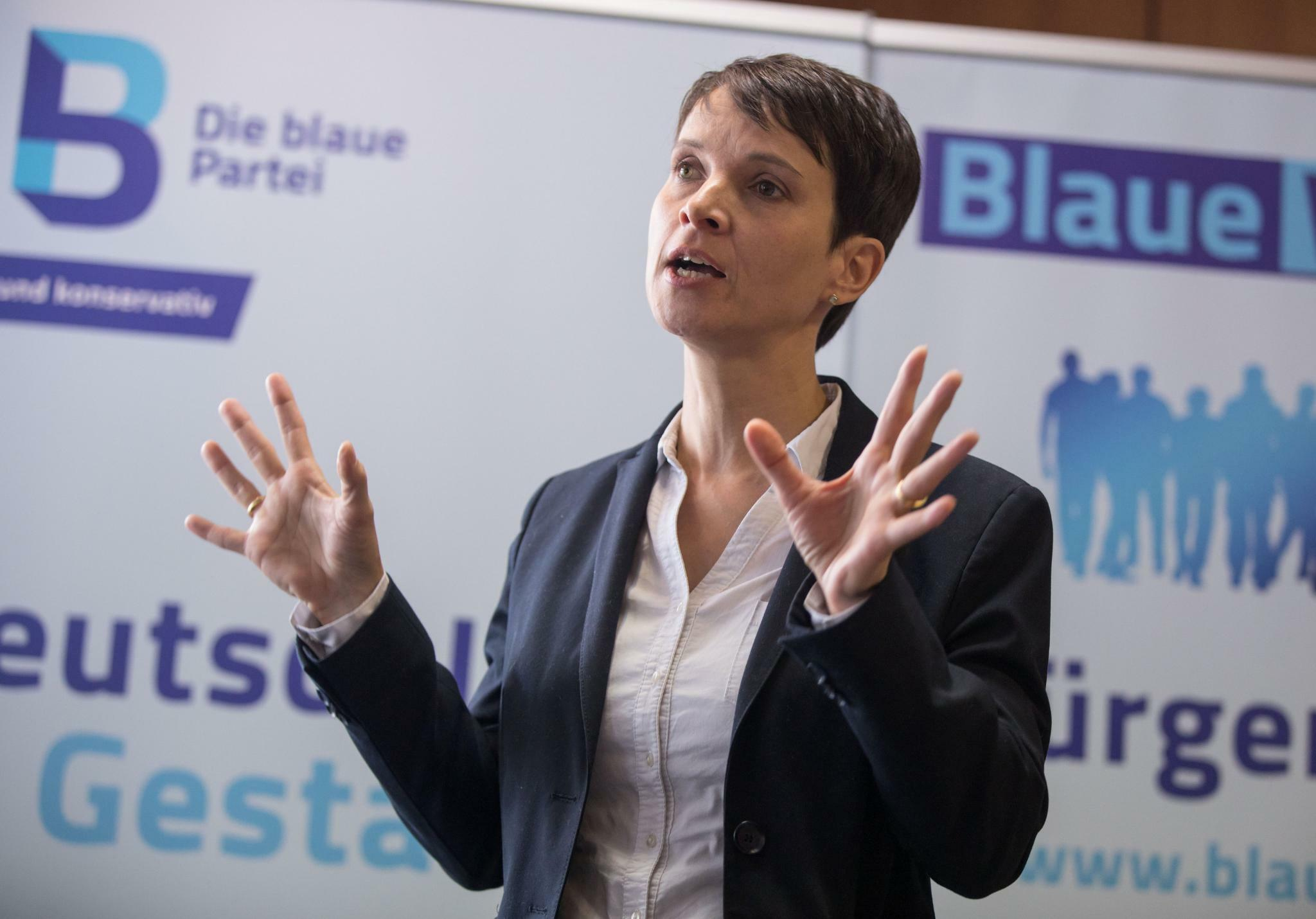 ex chefin der afd stellt plan vor frauke petry startet ihr neues projekt blaue wende. Black Bedroom Furniture Sets. Home Design Ideas