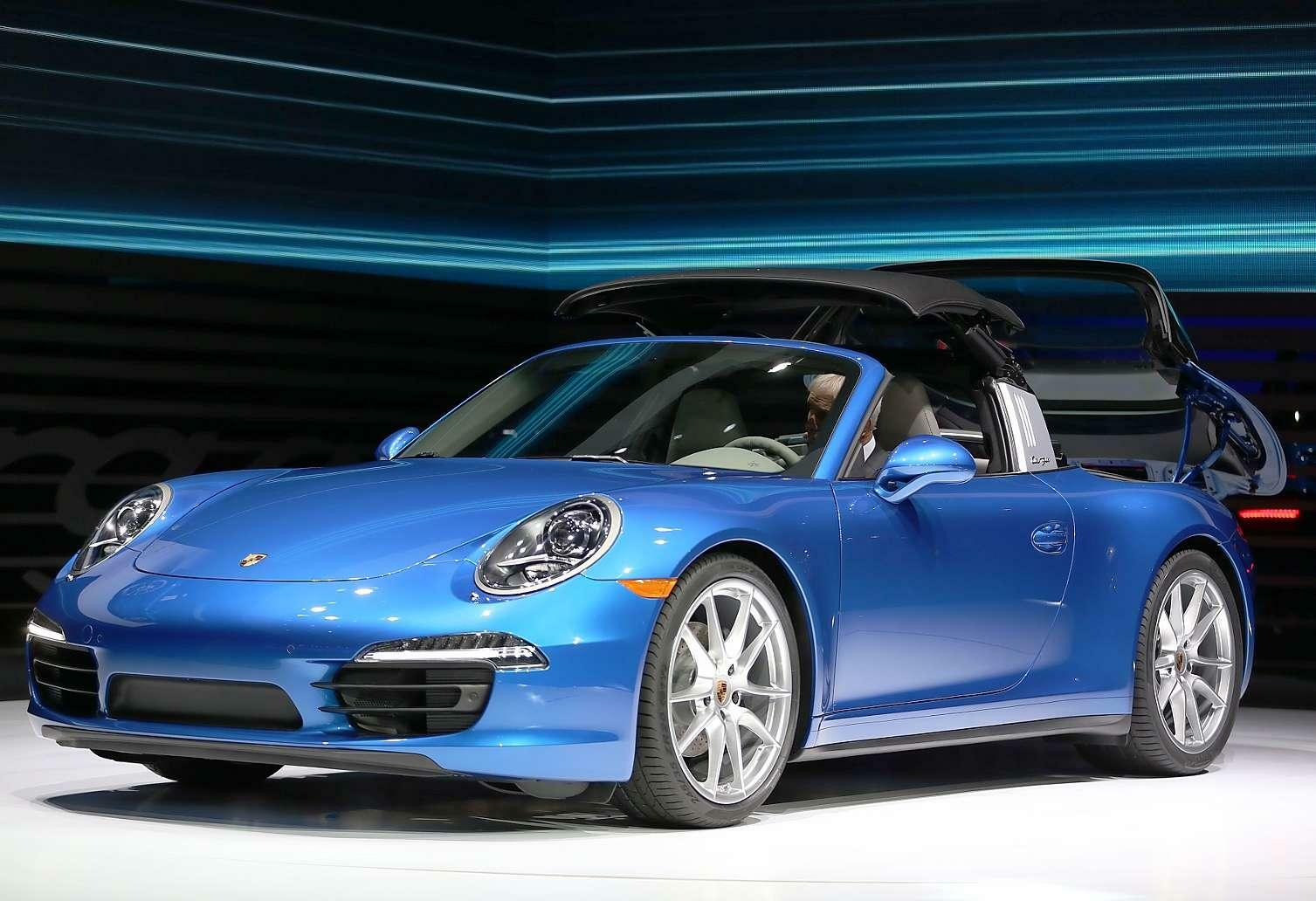 neuer porsche 911 targa das halbe cabrio auto. Black Bedroom Furniture Sets. Home Design Ideas