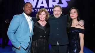 John Boyega, Marilou York, Mark Hamill, and Kelly Marie Tran (von links nach rechts) bei der Premiere.