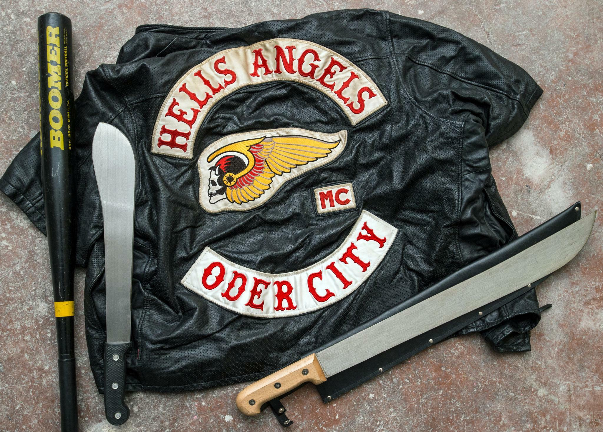 durchsuchung bei hells angels in drei bundesl ndern. Black Bedroom Furniture Sets. Home Design Ideas