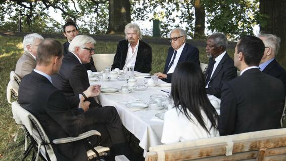 Außenminister Steinmeier trifft The Elders Gruppe in Berlin.