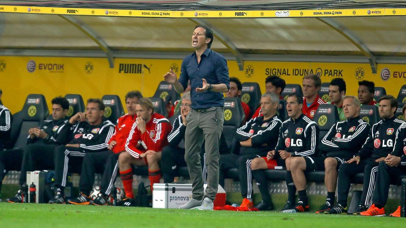nach dem coup gegen dortmund champions league roger schmidt macht bayer leverkusen beine. Black Bedroom Furniture Sets. Home Design Ideas