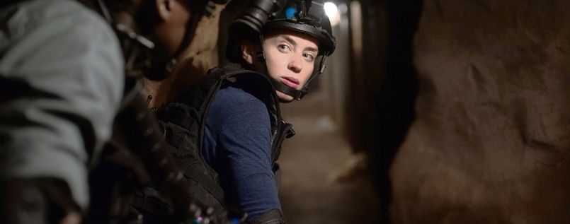 FBI-Agentin Kate Macer (Emily Blunt) im Tunnel