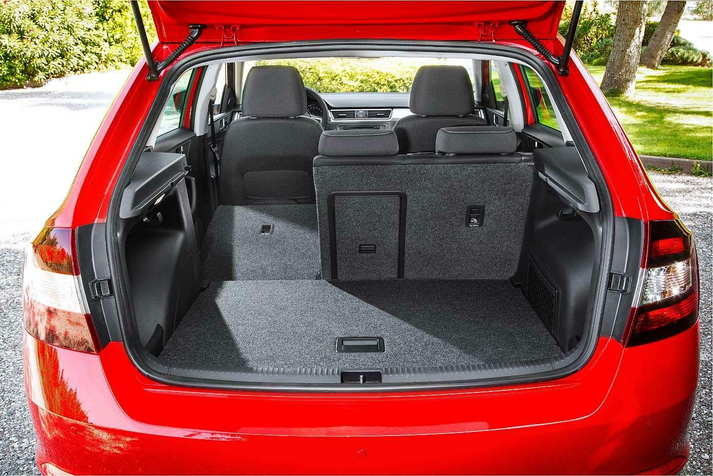 vorstellung skoda rapid spaceback willkommen im golf club auto tagesspiegel. Black Bedroom Furniture Sets. Home Design Ideas