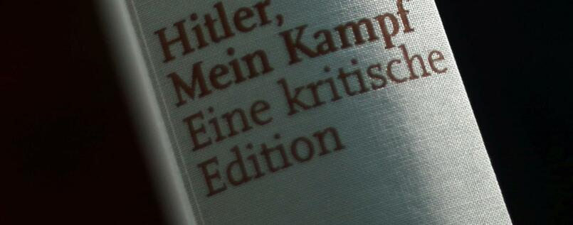 ein jahr neu edition von mein kampf hitlers hetze ist. Black Bedroom Furniture Sets. Home Design Ideas