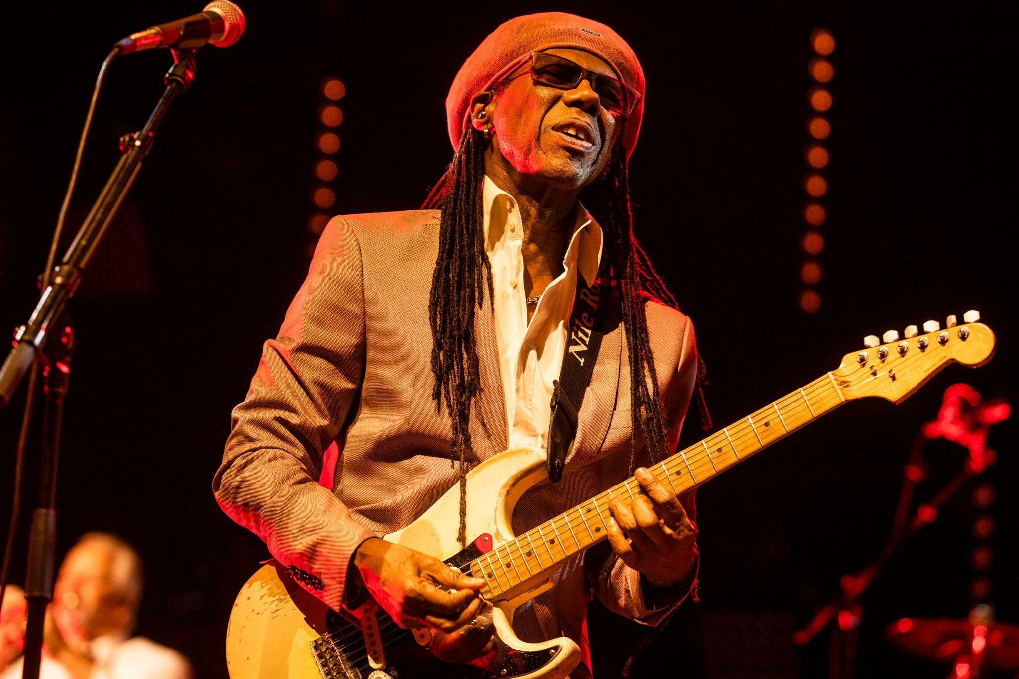 Nile Rodgers Chic Im Berliner Tempodrom Nile Rodgers Ist Der